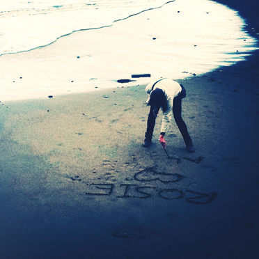 Temporary Sand Graffiti